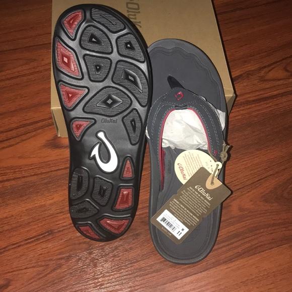 e0963e2c43f Olukai men s slippers